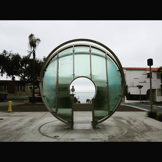 Light Gate in Manhattan Beach. Inscribed below it are the dates on which sunset lines up with the opening. I'm definitely going to have to come back here on a late afternoon sometime. #manhattanbeach #lightgate #sculpture #gate
