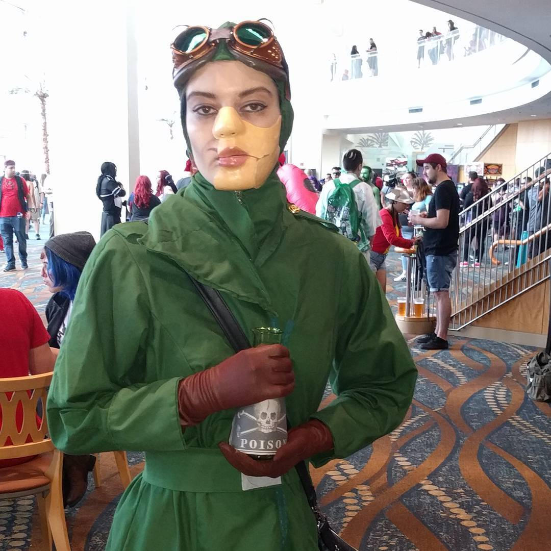 Doctor Poison cosplay at
