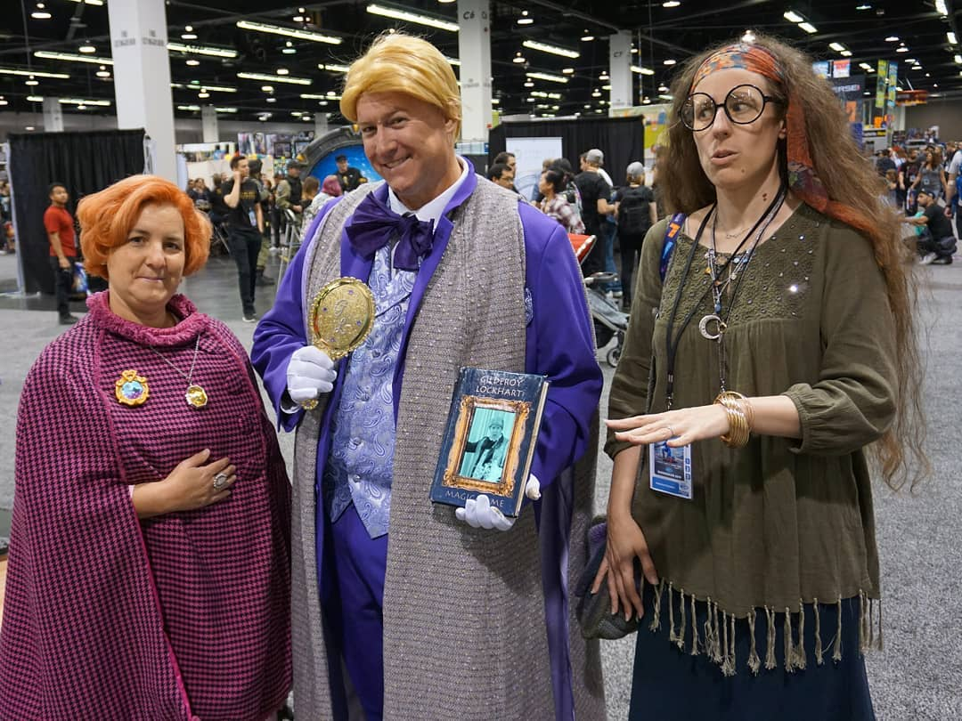 Professor Umbridge is unimpressed. Professor Trelawney is uncertain how to react. Professor Lockhart *is* impressed…with himself @wondercon  More photos on Flickr/KelsonV  @casualcosplaykatie as Trelawney. I forgot to ask the other cosplayers' names. 🤦‍♂️