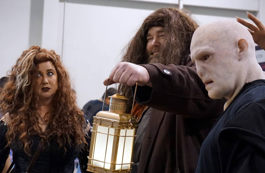 Hagrid is caught between Bellatrix Lestrange and You-Know-Who at @Wondercon  More photos at Flickr/KelsonV