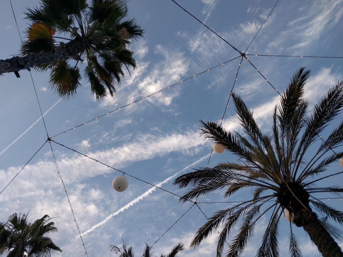 Found this shot looking through photos from my old phone. It's from the outdoor part of a mall. #sky #clouds #net