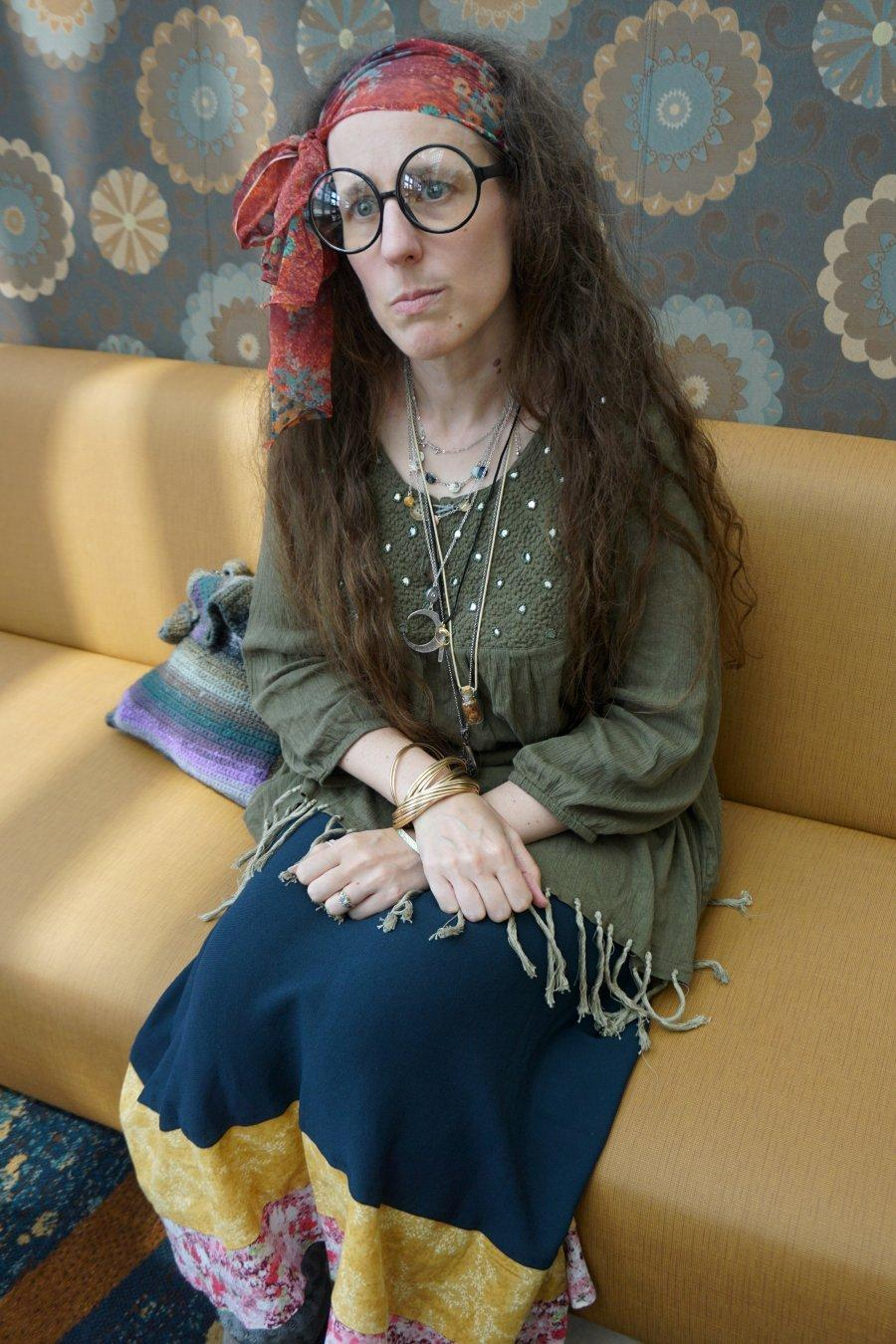 There weren't any Hogwarts-y spots we could find at #LongBeachComicCon, so we improvised. Her thought was to show #ProfessorTrelawney after she'd been sacked, sitting in maybe a train station, lost and unsure what to do. #cosplay #HarryPotter #lbcc2019 #lbcc