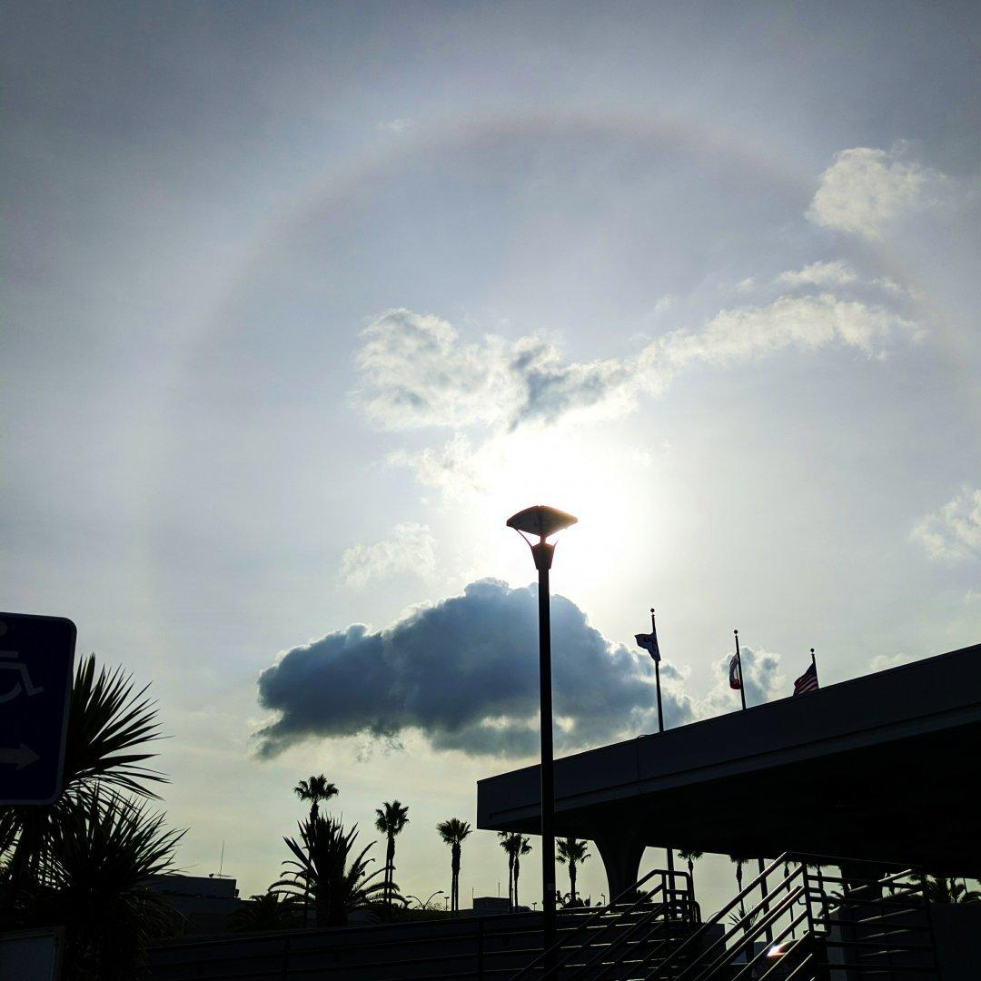 A 22° sun #halo spotted yesterday.