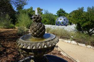 Fountain and Buckyball.